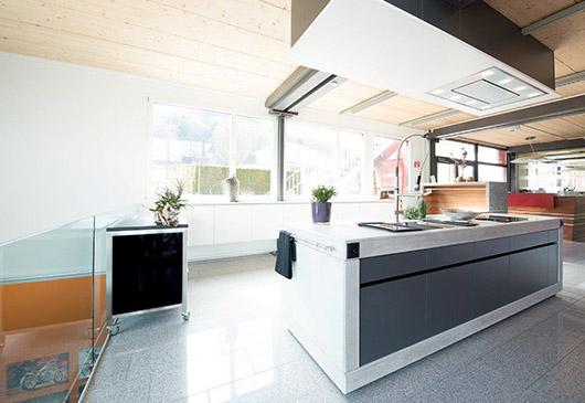 ber uns r sch k chen ag. Black Bedroom Furniture Sets. Home Design Ideas